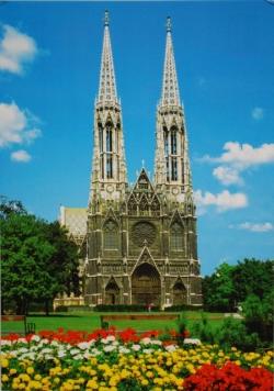 2. kép: A bécsi Votivkirche (Fogadalmi templom)